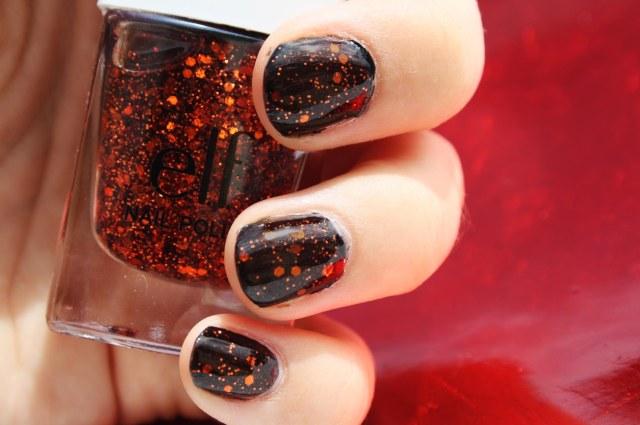 ongles rouge et noir paillette