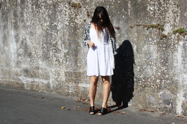 look blanc robe kimono bleupaillette