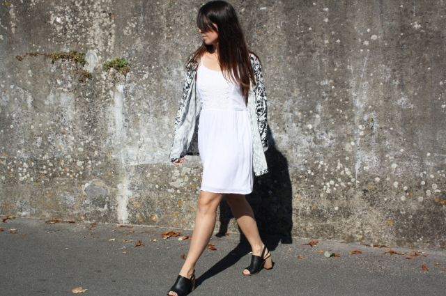 withe dress bleupaillette fashionblog