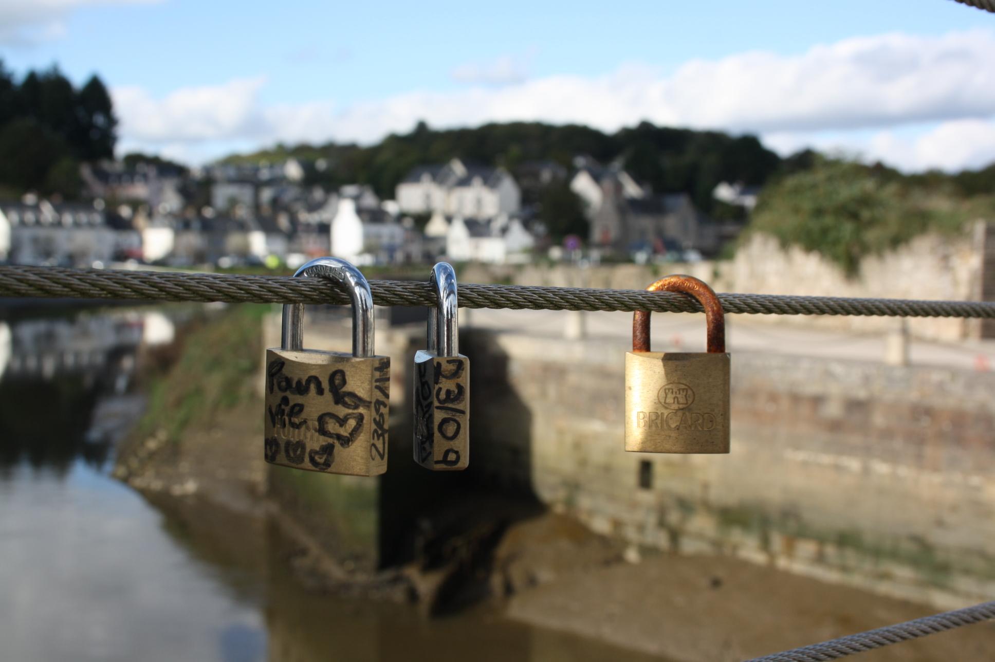 pont cadenas d'amour hennebont bretagne